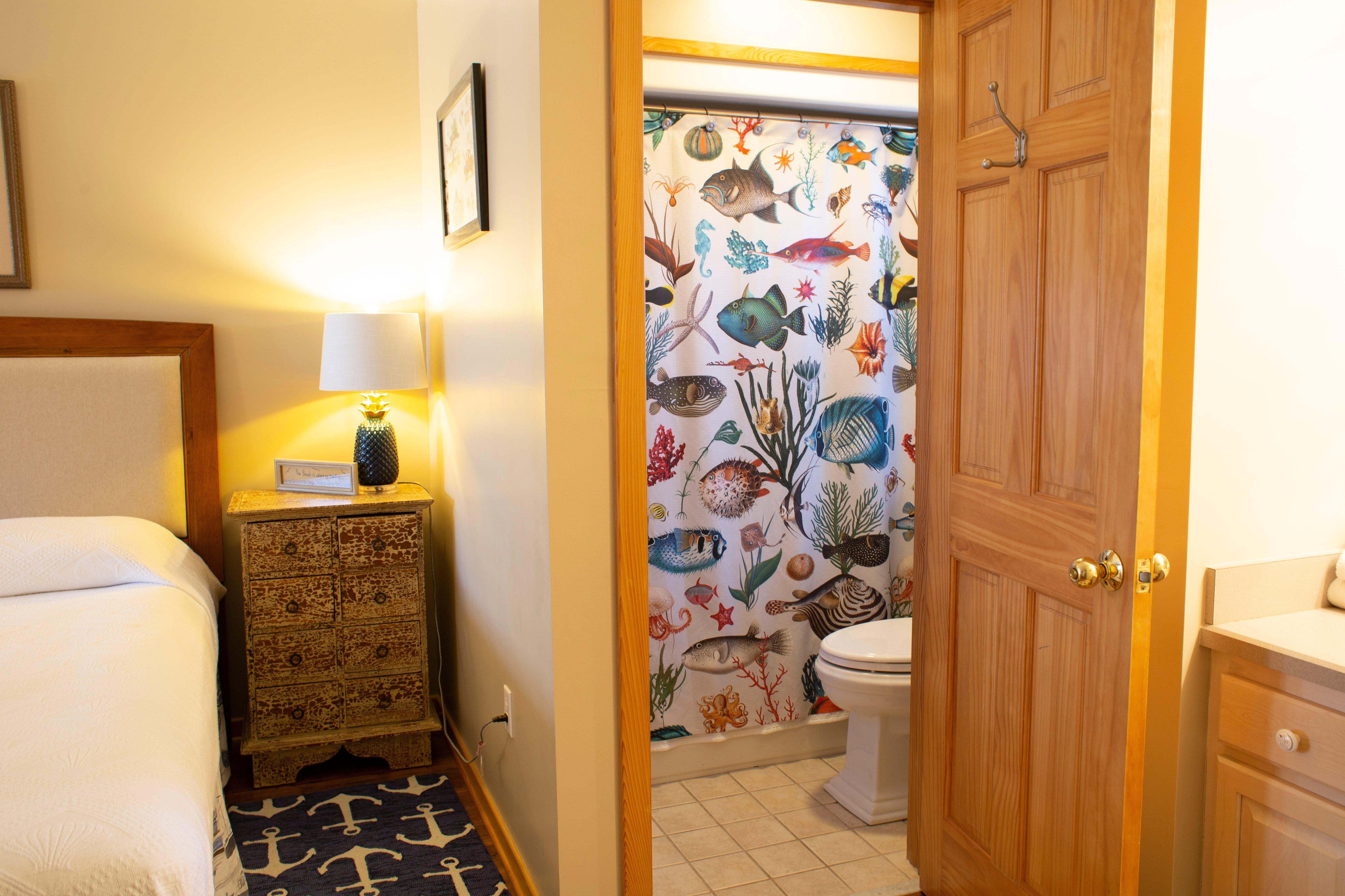 CV5B Bedroom B Bath