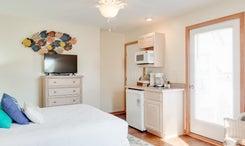 CV6C: Scotch Bonnet C l Bedroom C